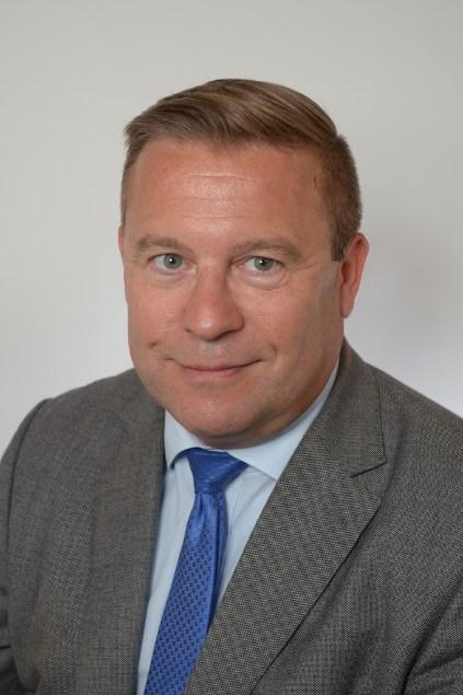 Dr Klaus Wolf